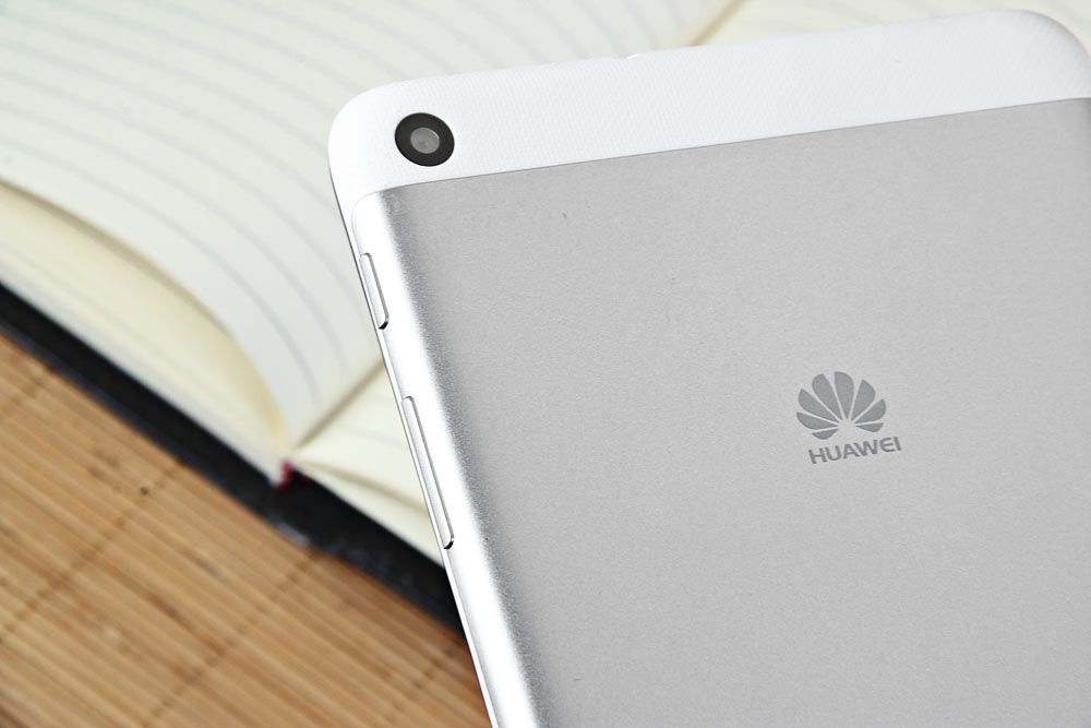 HUAWEI MediaPad T1 - 701u Android 4 4 7 inch 3G Tablet PC Spreadtrum SC8830  Quad Core 1 2GHz 1GB RAM 8GB ROM