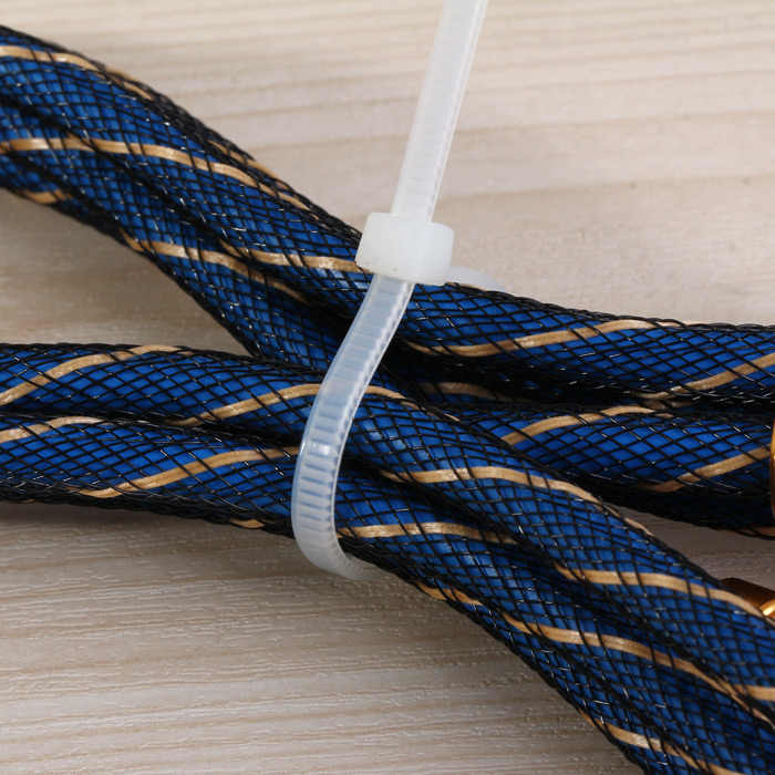 500PCS Nylon Cable Ties Heavy Duty for Household / Construction Industry / Electronic Industry etc.