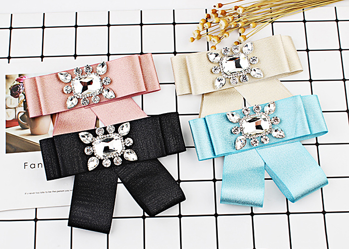 Statement Rhinestone Inlaid Bowknot Ribbon Brooch