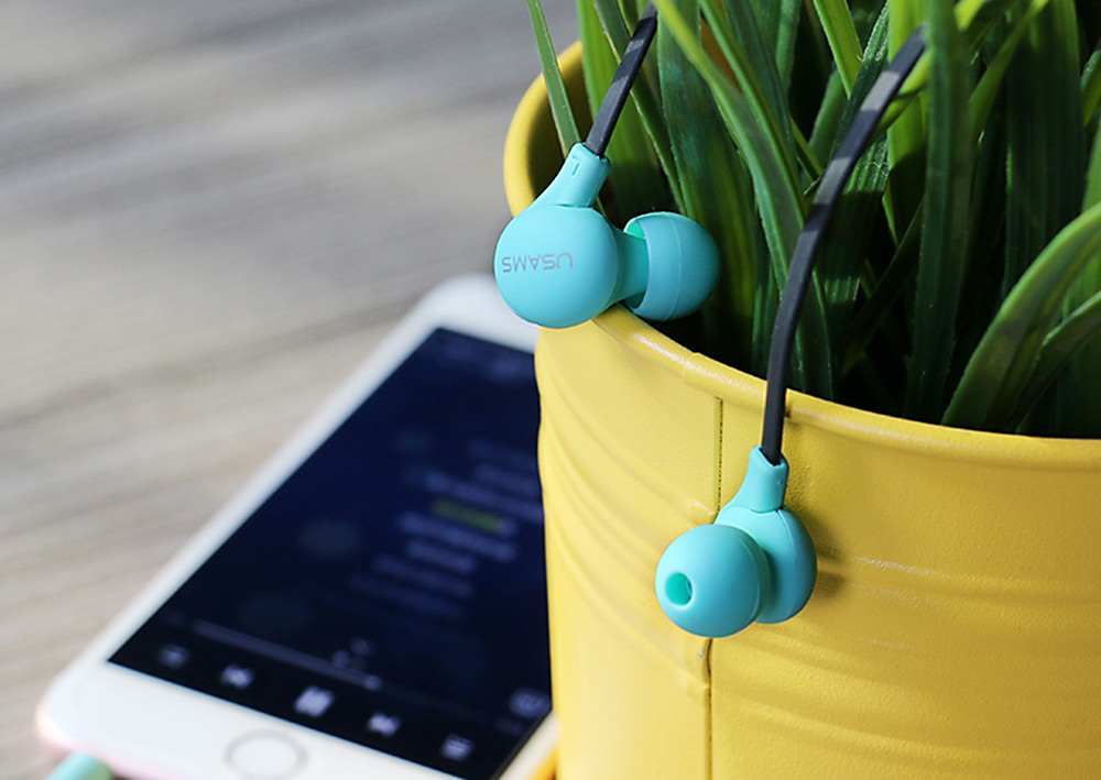 USAMS Ewave Series Stereo Colorful Doug Earphones Built-in Microphone 3.5mm Jack Sweatproof Earbuds Support Handsfree Calls