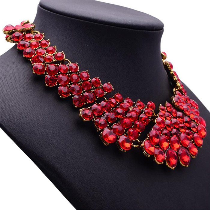 WQ044 Fashionable Conjoined Crystal Ladies Necklace