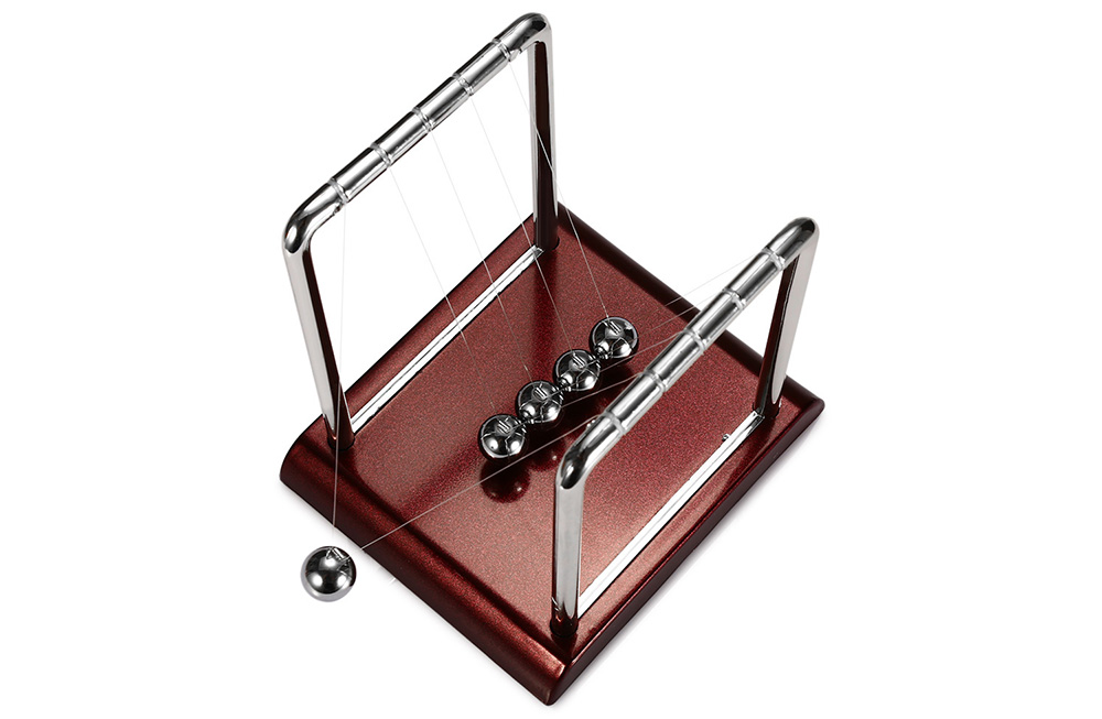 1.5cm Metal Newton Cradle Balance Ball Physical Pendulum Novelty Desktop Toy