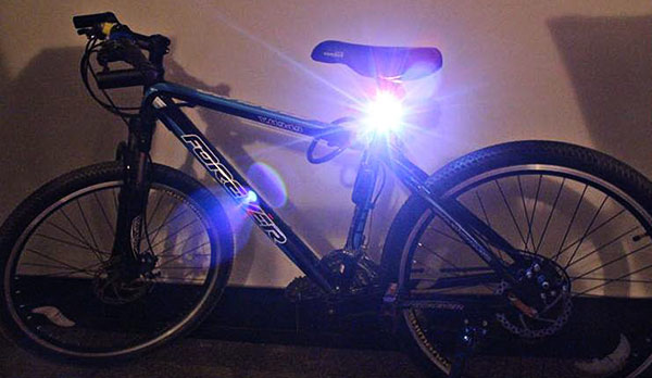 Waterproof Super Bright White LED Bicycle Rear Safety Cycling Lamp Tail Light