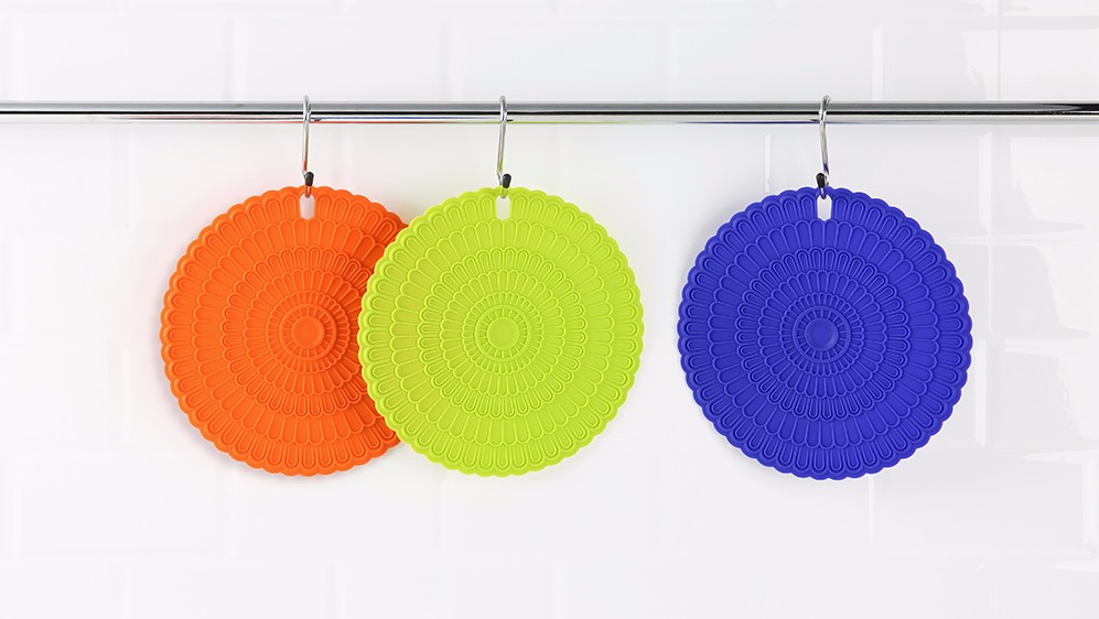 zanmini Silicone Hot Pad Food Safe Place Mat Set of 4- Colorful