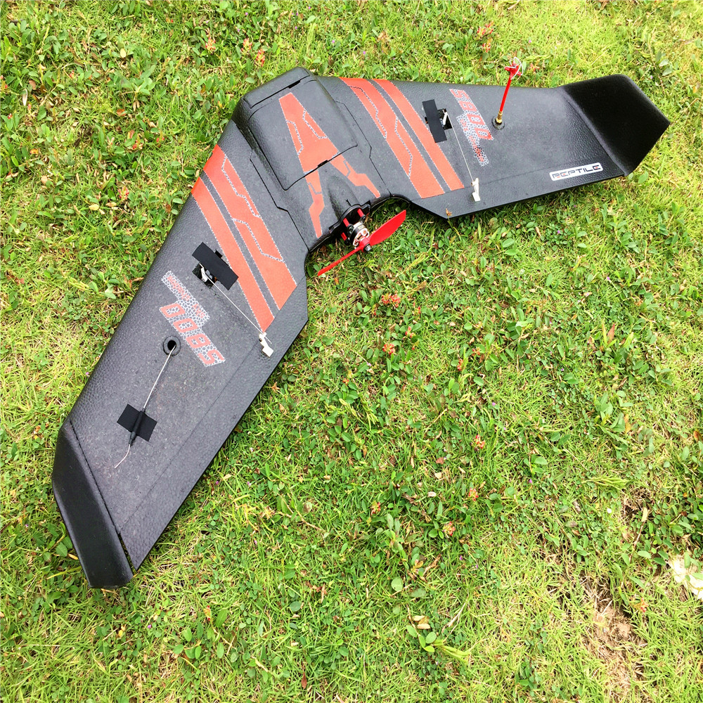 Reptile S800 SKY SHADOW 820MM Wingspan Flying Wing RC Airplanes KIT