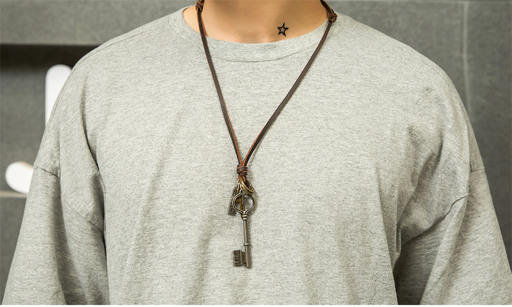Hot Selling Jewelry Lightning Key Alloy Sweater Chain Long Cowhide Necklace