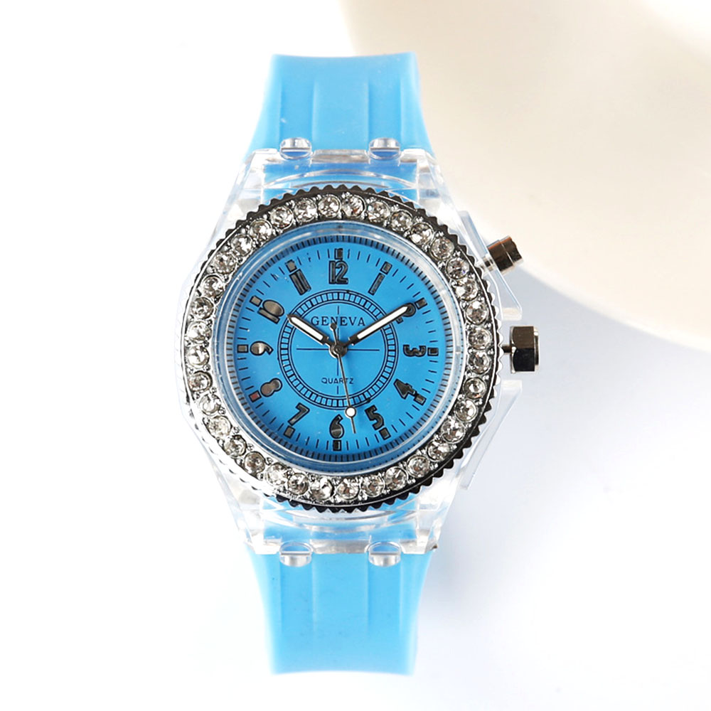 Fashion Trendy Girls Watch Casual Silicone Ladies Watches Glow LED ...