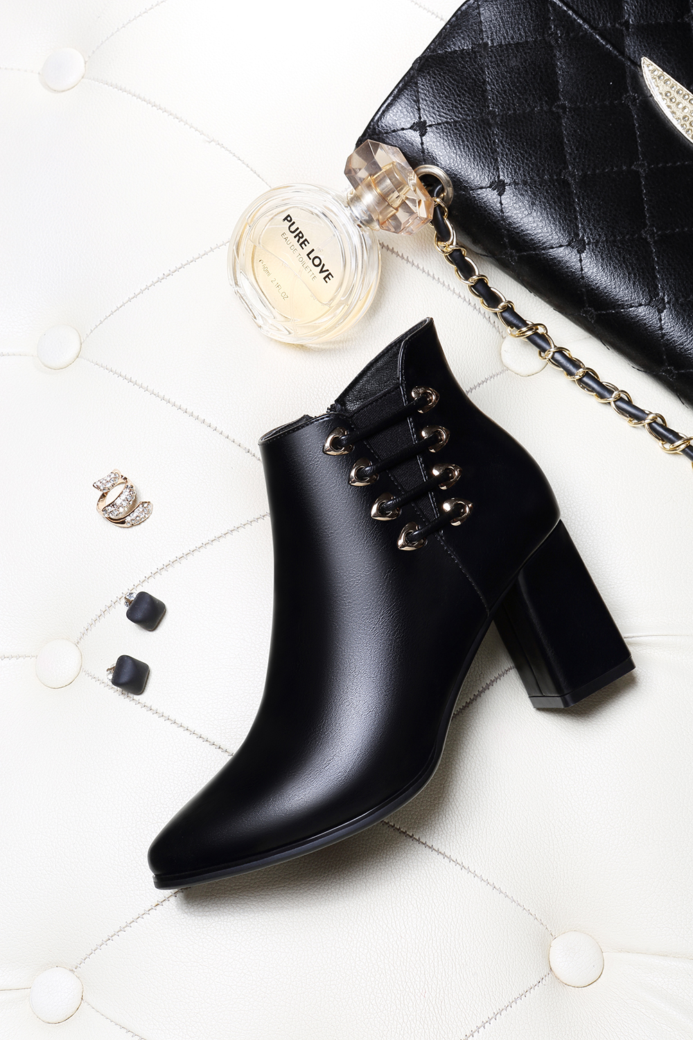 Female Thick with Pointy Head High Heel Chelsea Ankle Boots