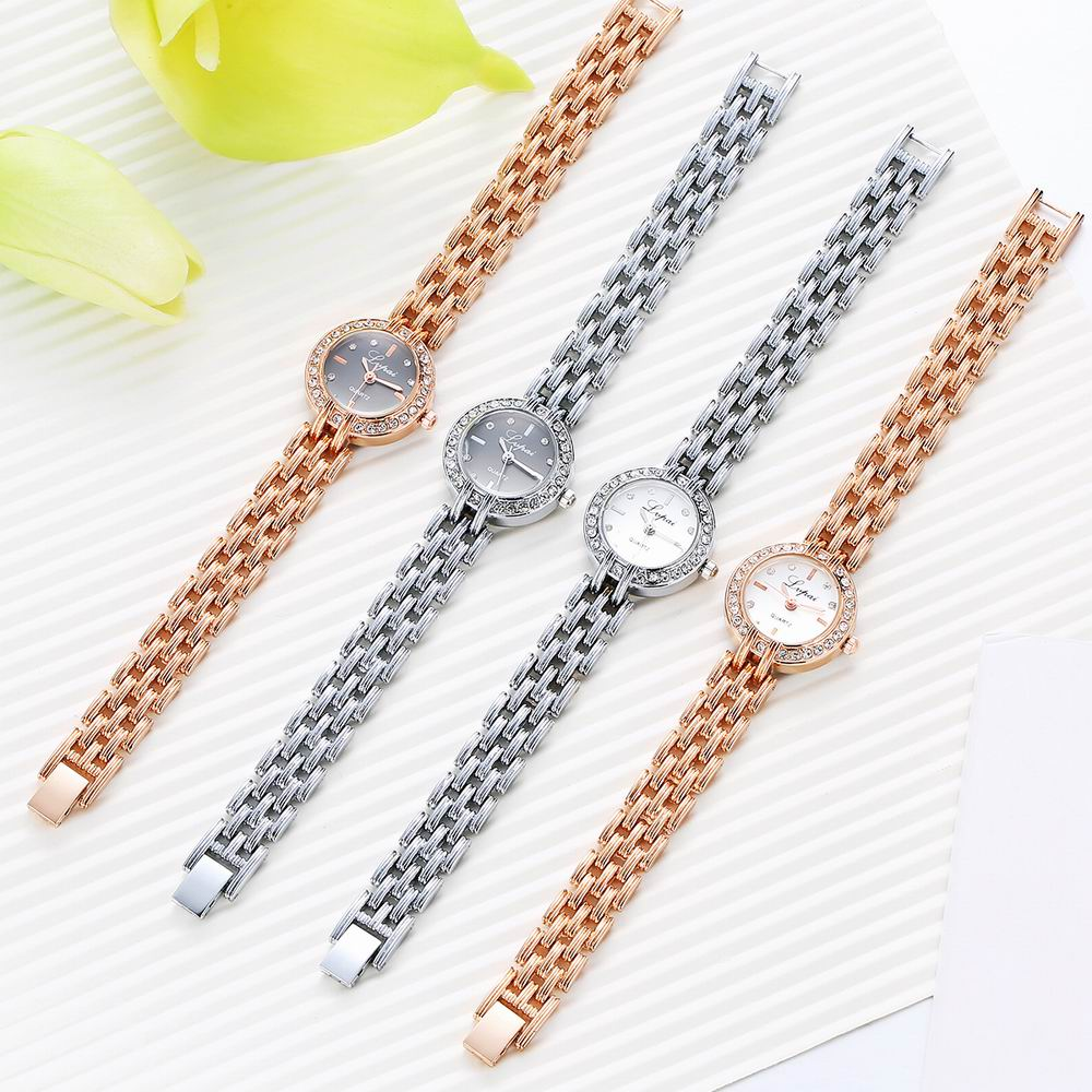 Lvpai P101 Women Alloy Bracelet Watch with Diamonds