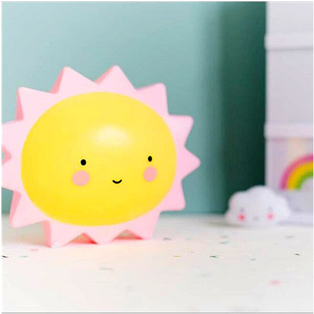 Cartoon Cute Sun Sleep Type Night Light