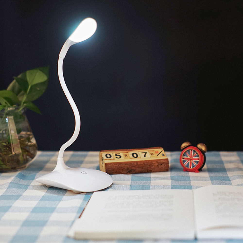 Package Contents 1 X Desk Lamp Usb Cable