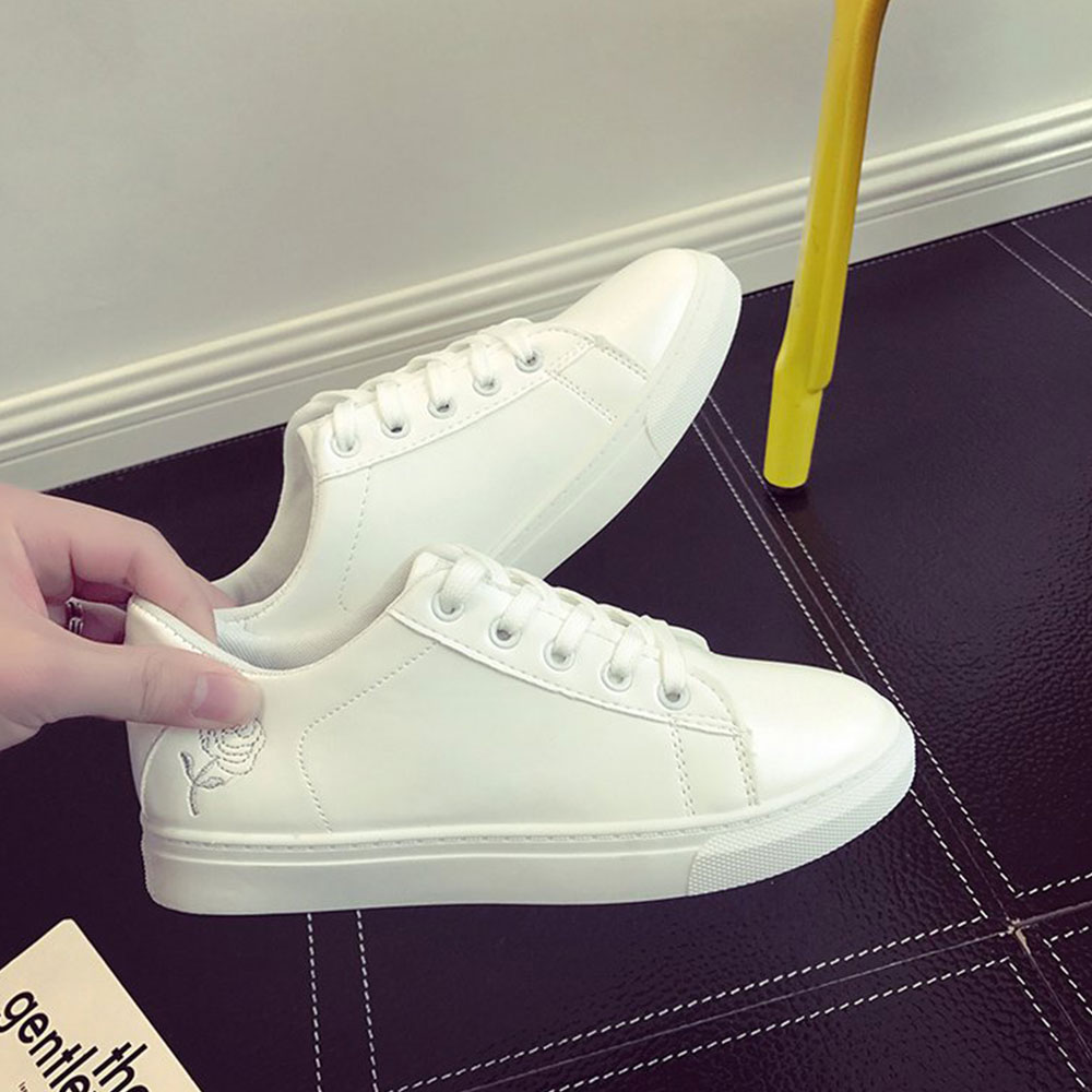 Spring New Literary Female Students Basic Sports and Leisure Flat Shoes