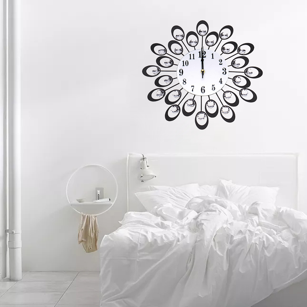 European High-grade Flowers Iron Fashion Mute Bedroom Wall Clock ...