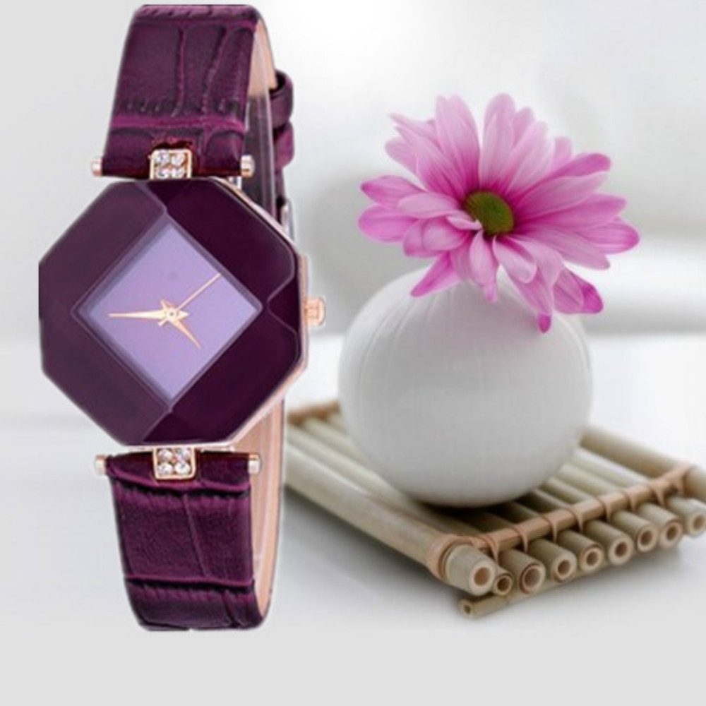 v5 Women Exquisite Artificial Crystal Leather Quartz Watch- Royal Blue