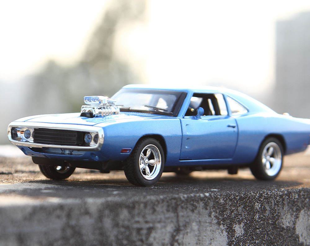 1:32 Alloy Mini Vintage Car Model with Light and Sound for Boys ...