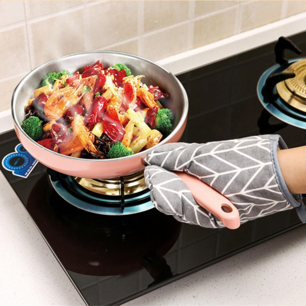 Anti Heat High Temperature And Thickening Microwave Oven Baking Gloves- Black