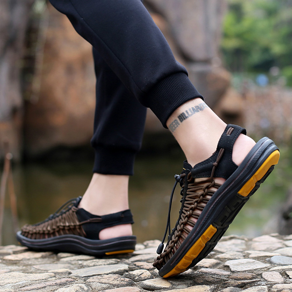 acd37b520c15 Summer Men s Shoes Hand-woven Leather Casual Sandals Sand Sneakers Wading-  Black EU 42