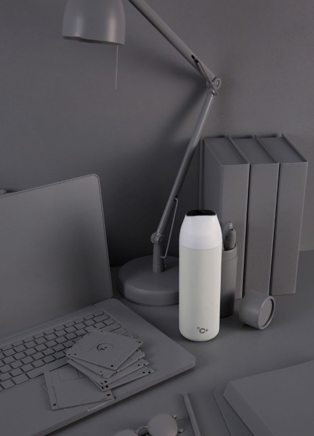 Xiaomi Youpin Kiss Fish CC Smart Water Bottle with Temperature Display- Gray