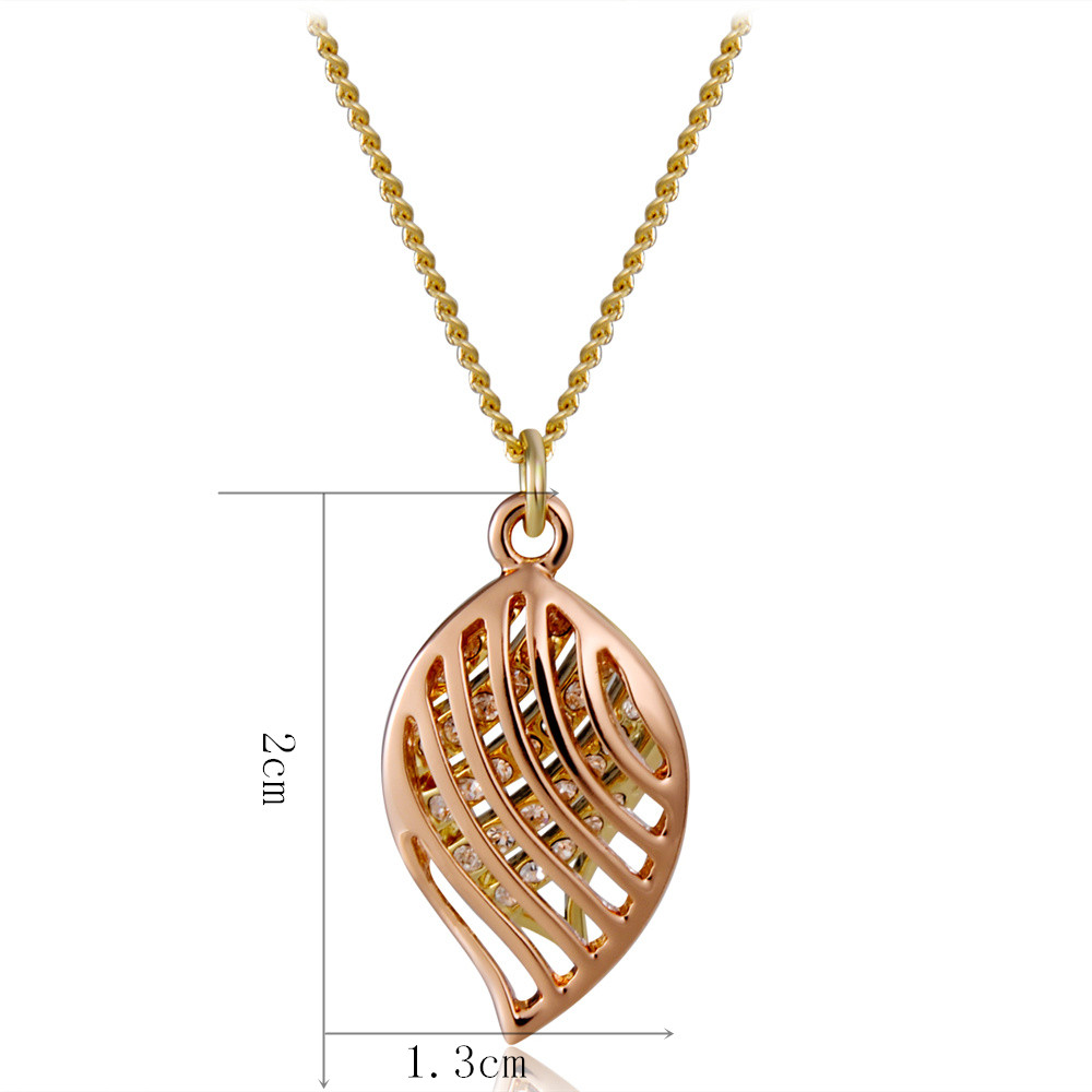 Gold-plated Cutout Double Leaf Inlaid Zircon Pendant Necklace- Gold