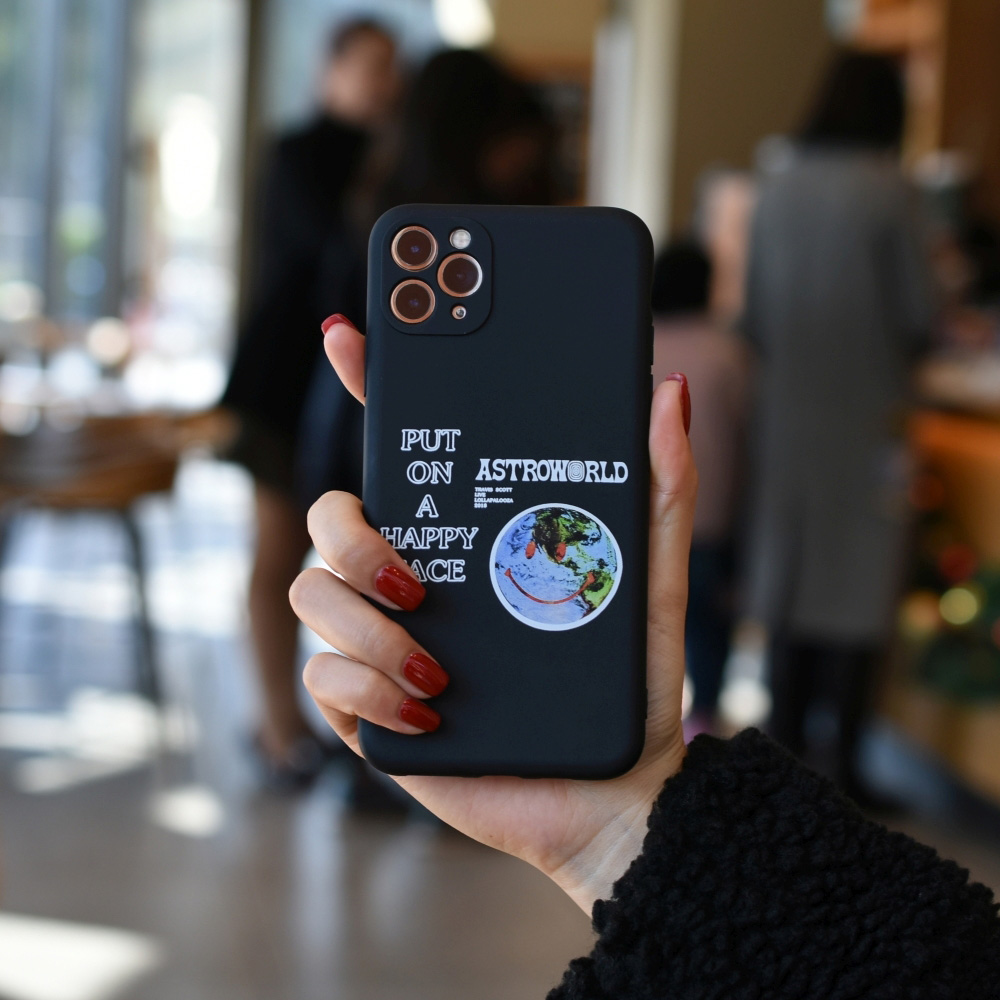C1220-03802BK2 Smiling Earth Painted Soft Mobile Phone Case for iPhone 11 / 11 Pro / 11 Pro Max / 12 / 12 Pro / 12 Pro Max / 12 Mini - Black For iPhone 11 Pro Max