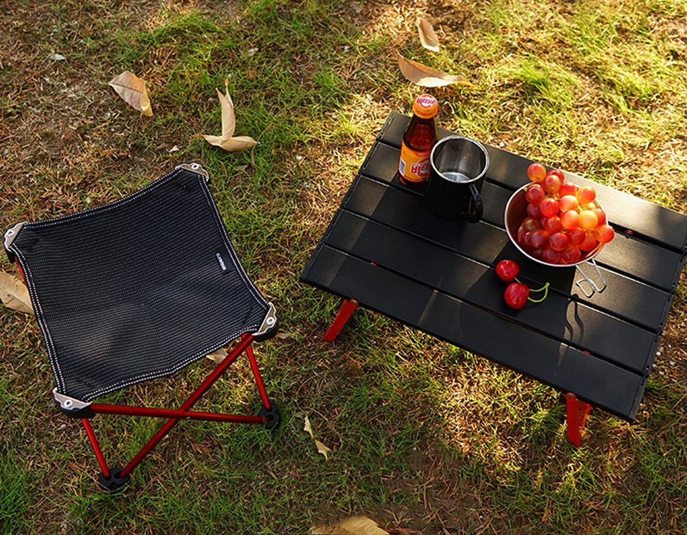Portable Aluminum Alloy Folding Table - Red